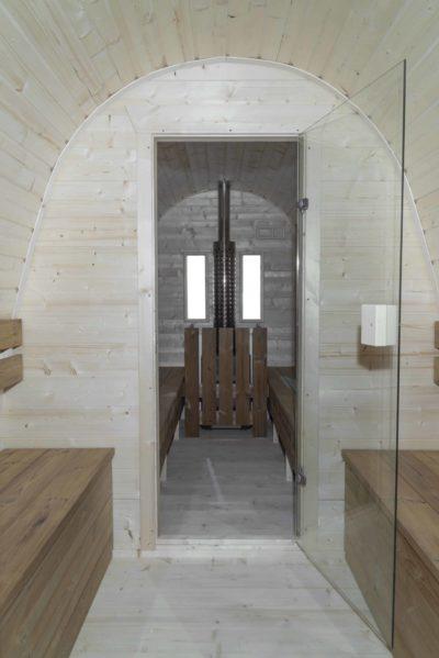 Pod Sauna kleedruimte hout kachel